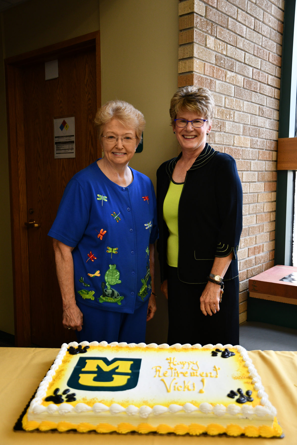 Researcher retires after 32-year career